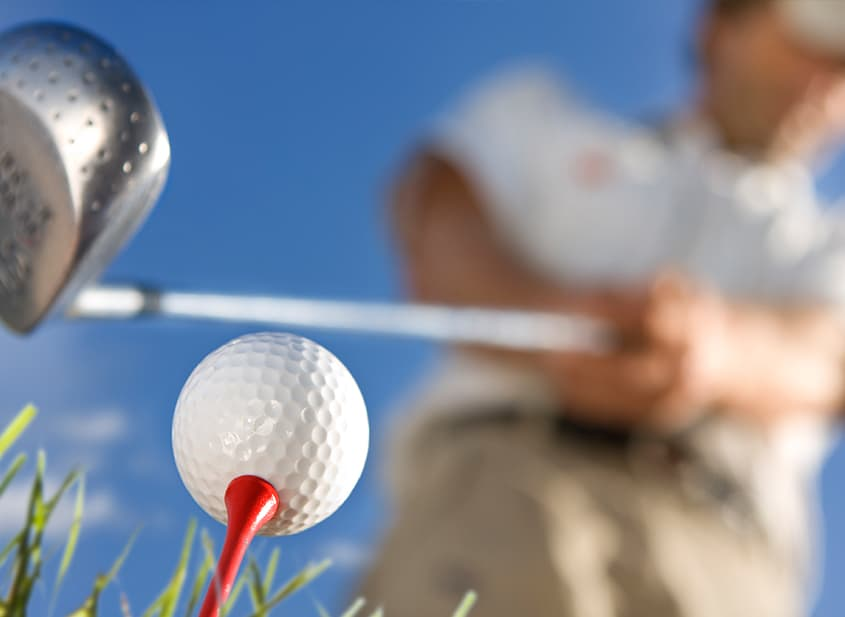 How to Block Out Distractions Whilst Taking Your Golf Shot